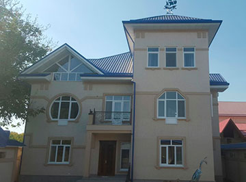 House at Lunocharskiy district for rent in Tashkent