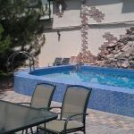 Swimming-pool of house for rent at Aviahima street in Tashkent